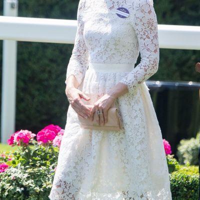 Kate Middleton, seducatoare intr-o tinuta indrazneata. Cum arata Ducesa intr-o rochie transparenta din dantela