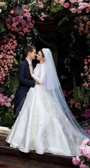 Miranda Kerr, imbracata ca o regina. Cum a aratat una dintre cele mai frumoase femei din lume, in ziua nuntii sale