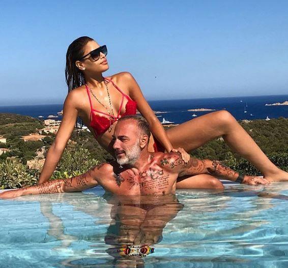 Gianluca se iubeste cu o  aproape  Miss Univers, in timp ce fosta lui iubita face furori la plaja. Cum s-a pozat Giorgia