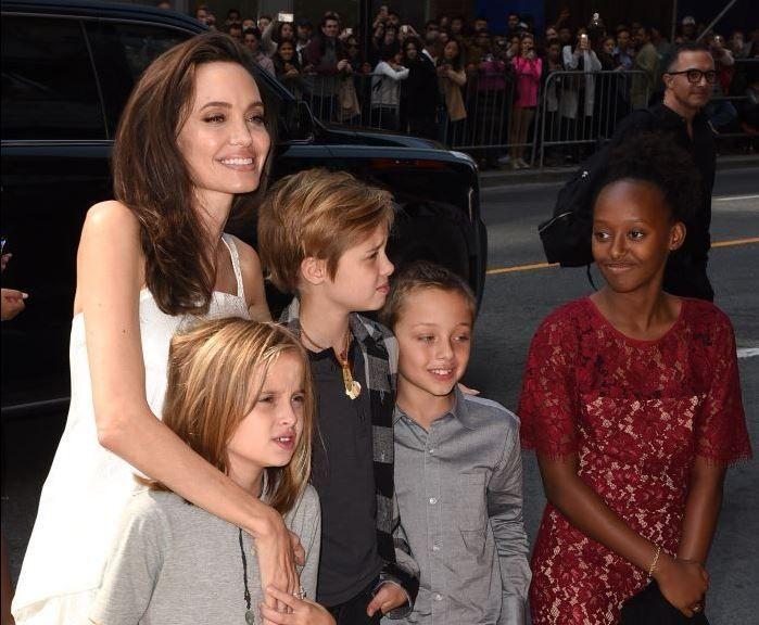 Toata lumea credea ca si-a revenit, dar a bifat o noua aparitie ingrijoratoare. Cum arata Angelina Jolie acum