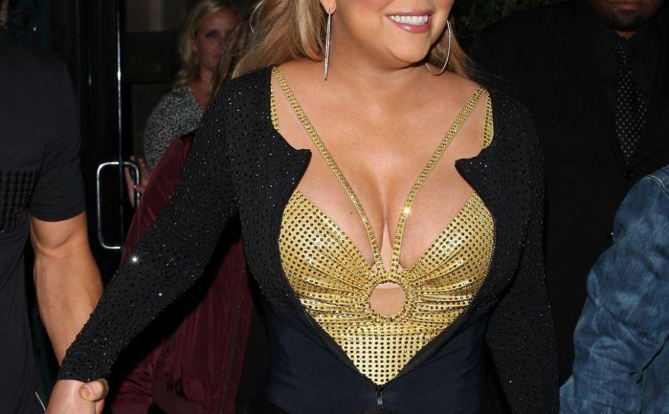 Mariah Carey refuza sa accepte ca s-a ingrasat. Cum pozeaza pe retelele de socializare si cum au surprins-o paparazzi