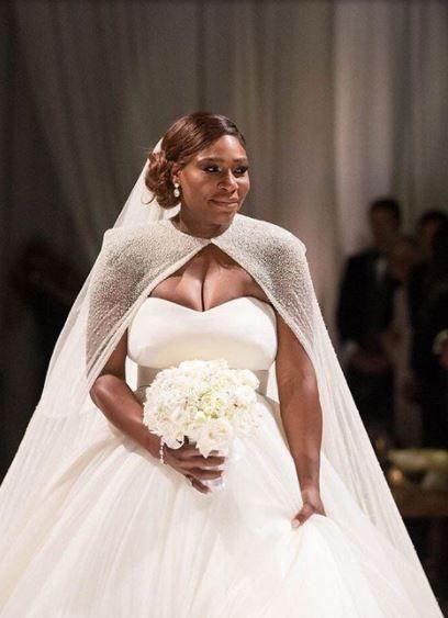 Detalii despre nunta anului: Serena Williams, in rochie de mireasa.Cum a aratat sportiva in fata altarului