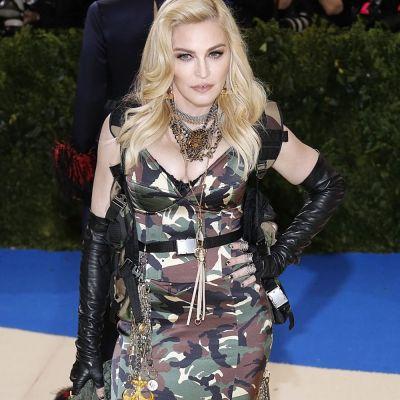 Madonna s-a desfigurat cu operatii estetice. Fanii sunt ingroziti: Imi pare rau ca ti-ai distrus fata