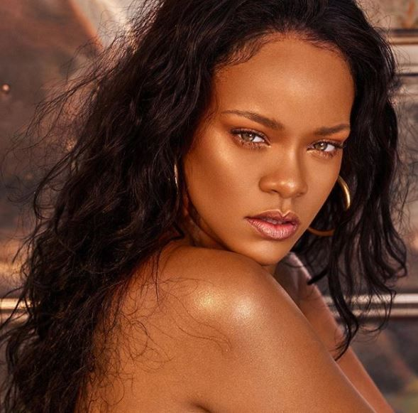 Cât de mult s-a îngrășat Rihanna de când nu mai este activă în industria muzicală. Vezi cele mai noi fotografii cu ea