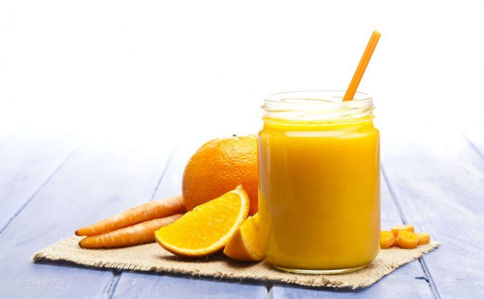 Miturile despre alimentele  bune , desființate. De ce nu sunt sănătoase sucul de portocale, margarina sau morcovii
