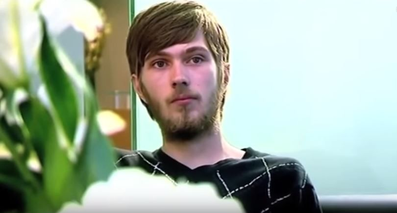 Acest bărbat nu s-a spălat pe dinţi de 20 de ani. Cum arată acum dantura lui