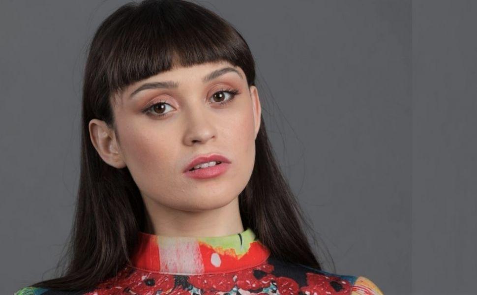 Cât te costă să te îmbraci ca Irina Rimes. Antrenorul de la Vocea României are un stil vestimentar aparte