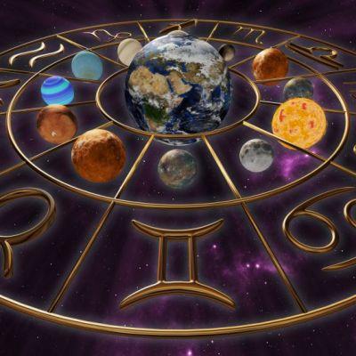 Horoscop 13 iulie 2018. Scorpionii încep parteneriate noi, vezi ce se întâmplă cu Gemenii