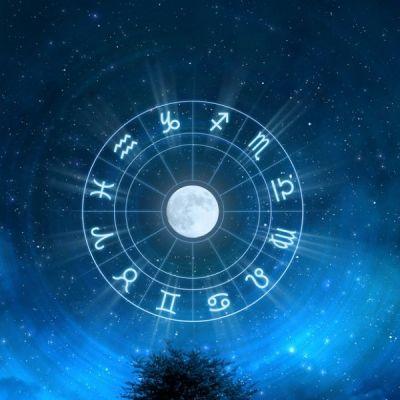 Eclipsa totală de Lună din 27 iulie 2018: Cum influențează fiecare zodie în parte