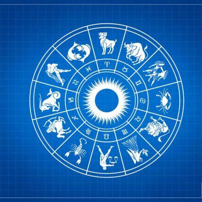 Horoscop zilnic 13 august. Leii primesc bonusuri sau cadouri, vezi ce se întâmplă cu Peștii