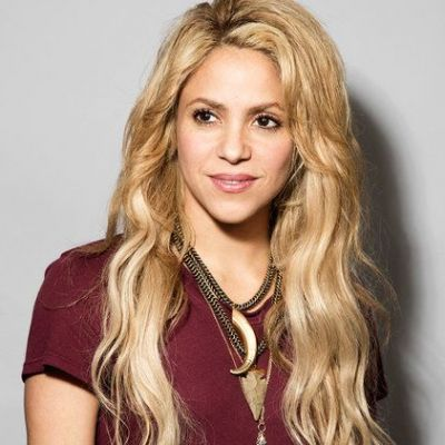Shakira, super-sexy pe străzile din New York (FOTO)