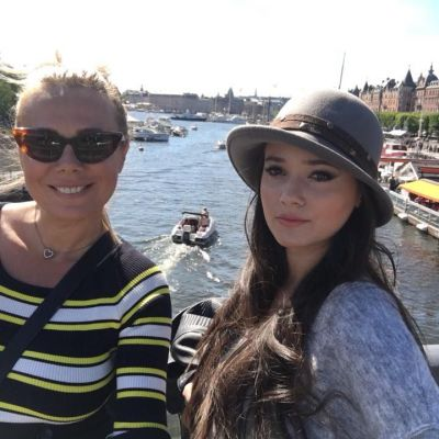 Dana Săvuică, mândră de fiica ei. Imaginile care confirmă cât de frumoasă și sexy este Julie