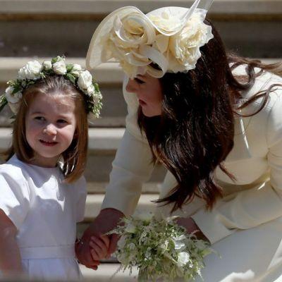 Cum întâmpină Prințesa Charlotte oaspeții de la Palatul Kensington
