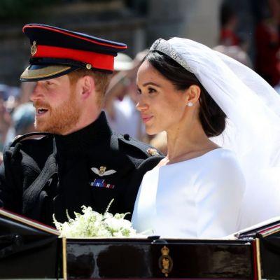 Momentul emoționanat când Meghan Markle își vede pentru prima dată rochia de mireasă, după nuntă