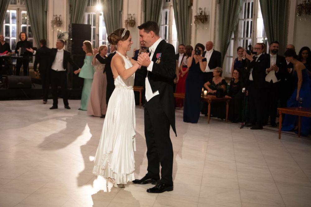 Cele Mai Frumoase Imagini De La Nunta Prințului Nicolae Mirii Au