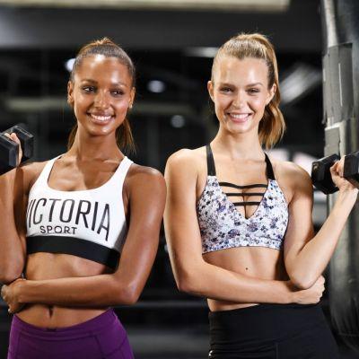 Îngerașii Victoria s Secret, singurii carbohidrați pe care îi savurează în fiecare zi