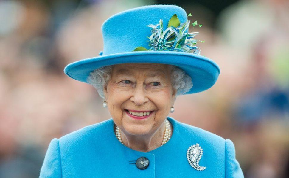 Secretul longevității Reginei Elisabeta. Care este dieta suveranei în vârstă de 92 de ani