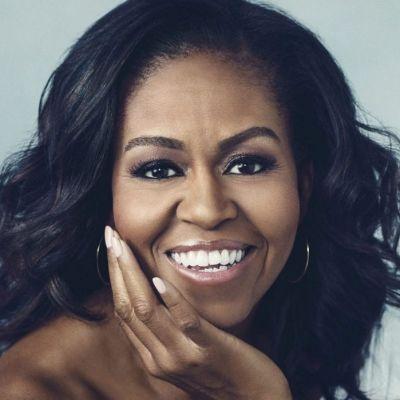 Michelle Obama ne-a reamintit tuturor de ce e considerată cea mai stylish fostă Primă Doamnă a Statelor Unite (FOTO)