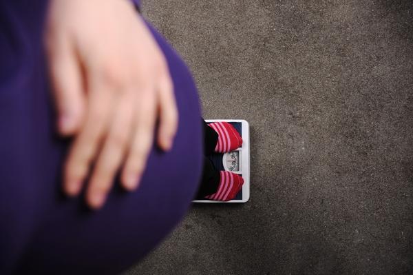 poți să pierzi greutatea când prima însărcinată