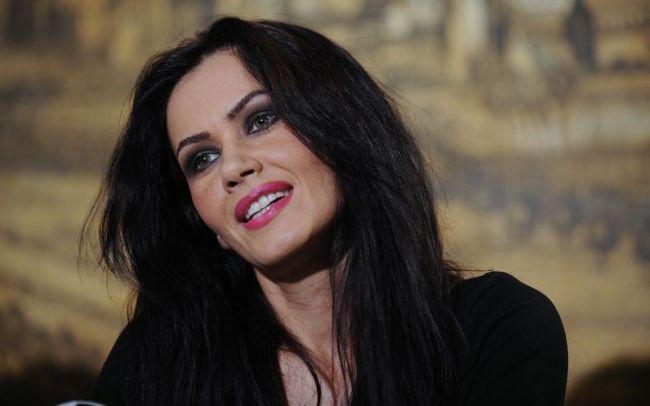 Oana Zăvoranu a ajuns la 51 de kilograme. Ce nu mai mănâncă bruneta deloc | Click