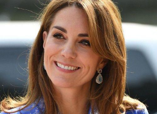 Ducesa de Cambridge, spectaculoasă în kurta și o pereche de pantofi de 130 de lei
