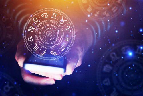 Horoscopul lunii decembrie 2019. Taurii se îndrăgostesc de cineva cu funcție, ce se întâmplă cu Fecioarele