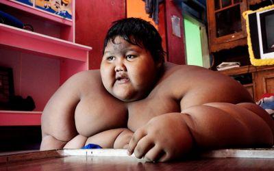 Cum arată cel mai gras băiețel din lume, după ce a slăbit mai bine 100 de kilograme! La doar 11 ani, acesta cântărea 192 kg